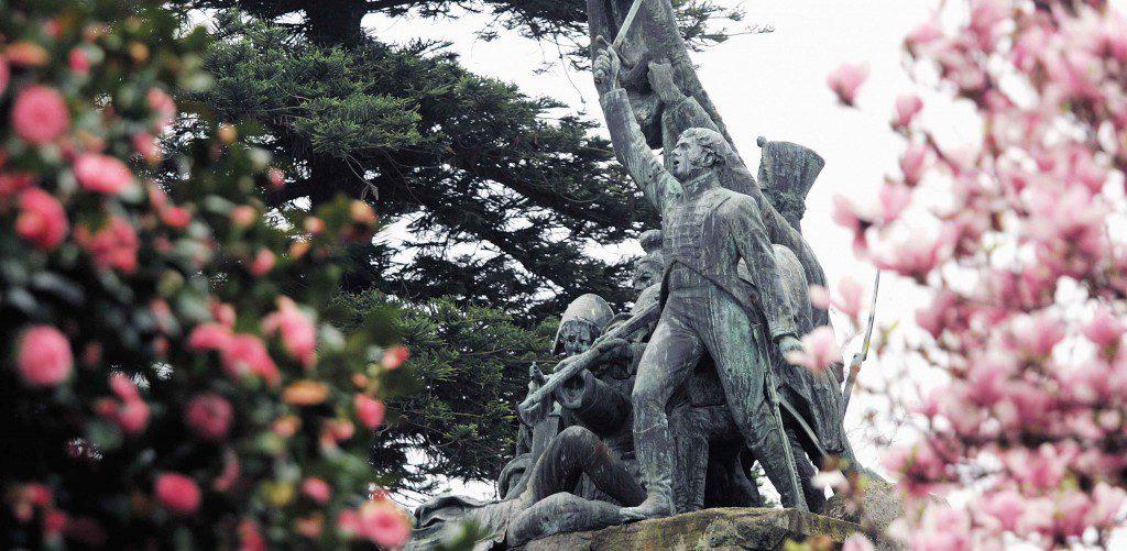 MONUMENTO EN LA FUENTE DE LOS HEROES DE PONTE SAMPAIO