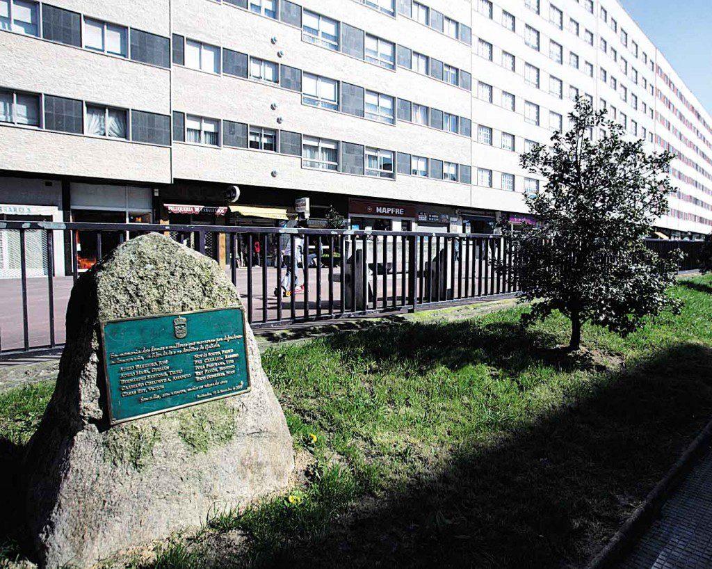 MONUMENTO A LOS FUSILADOS 12 DE NOVIEMBRE