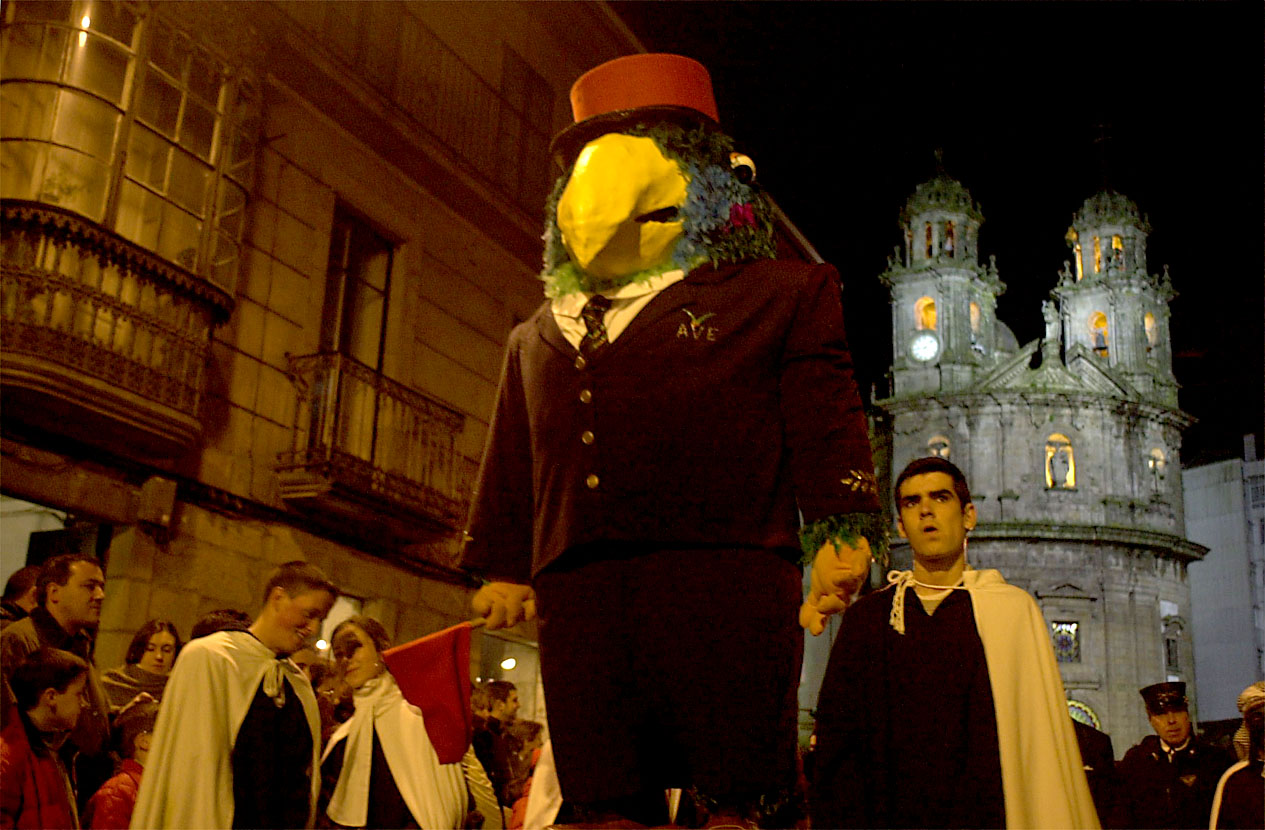 01. ENTERRO RAVACHOL 2001. DIARIO DE PONTEVEDRA. RAFA FARINA