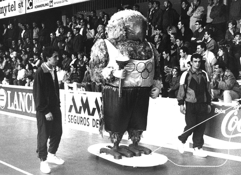 02. RAVACHOL 1992. DIARIO DE PONTEVEDRA. RAFA VAZQUEZ