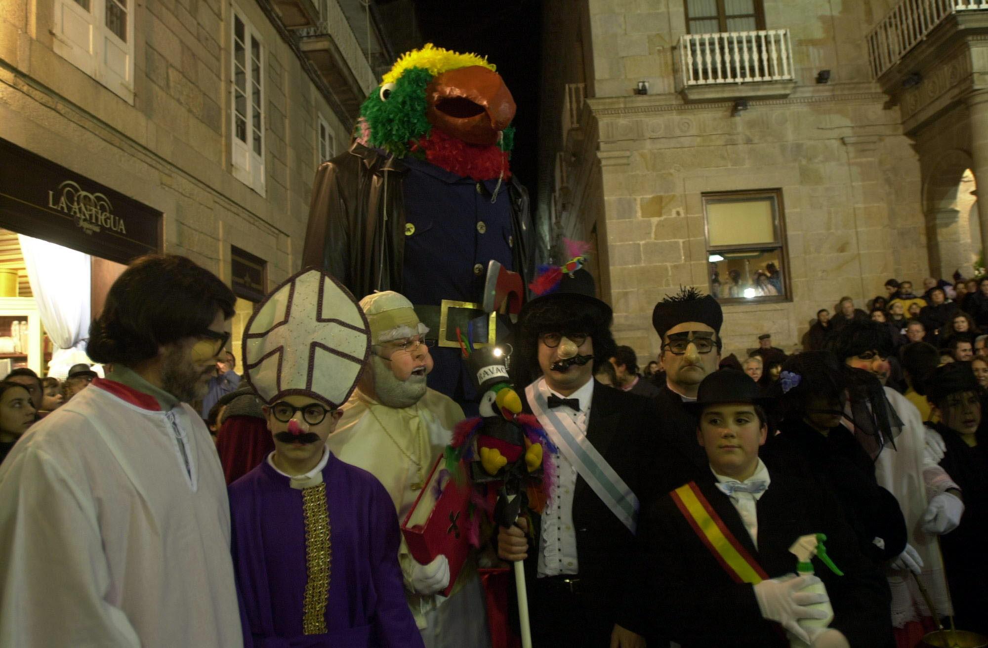 10. ENTERRO RAVACHOL 2002. DIARIO DE PONTEVEDRA. RAFA FARINA