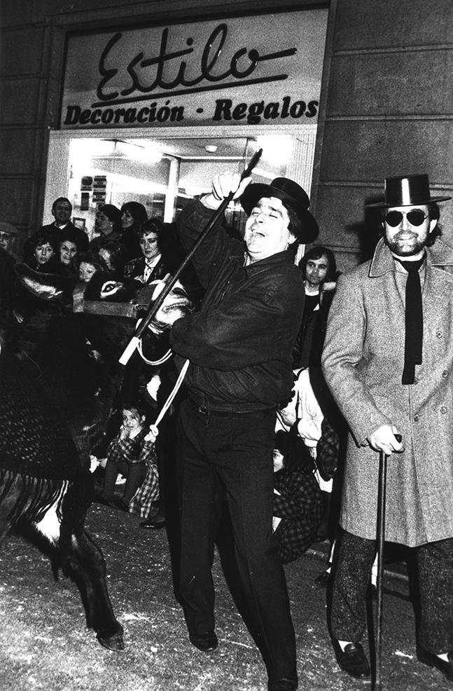 12.- ENTERRO RAVACHOL, 1989. DIARIO DE PONTEVEDRA, NELSON