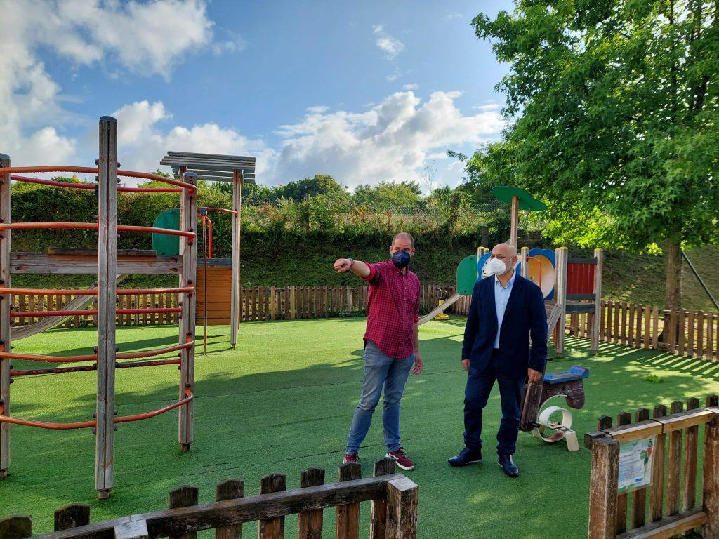 Zona parque infantil 2