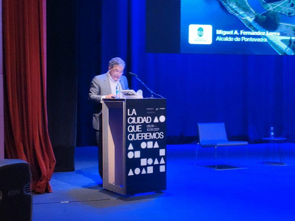 Conferencia Fundacion arquitectura y sociedad 10