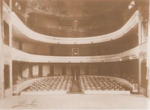 20110923100959_teatro-interior